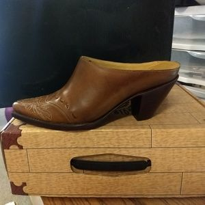 Women's Shoe Boot- Charlie 1 Horse by Lucchese